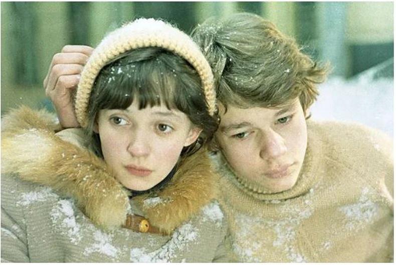 """Үндэстнийг өөртөө дурлуулсан """"Зүүдэнд ч оромгүй явдал"""" киноны жүжигчин Татьяна Аксютагийн түүх"""