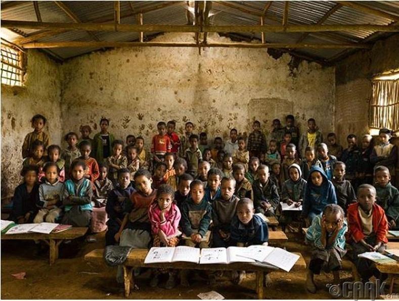 """""""Gambella"""" бага сургууль, Этиоп"""