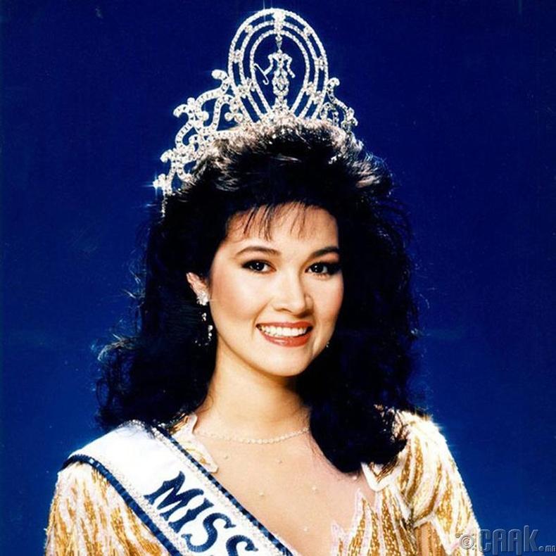 """Miss Universe-1988""-ын ялагч: Тайландын гоо бүсгүй Портип Накирунканок, 20 настай, 173 см өндөр."
