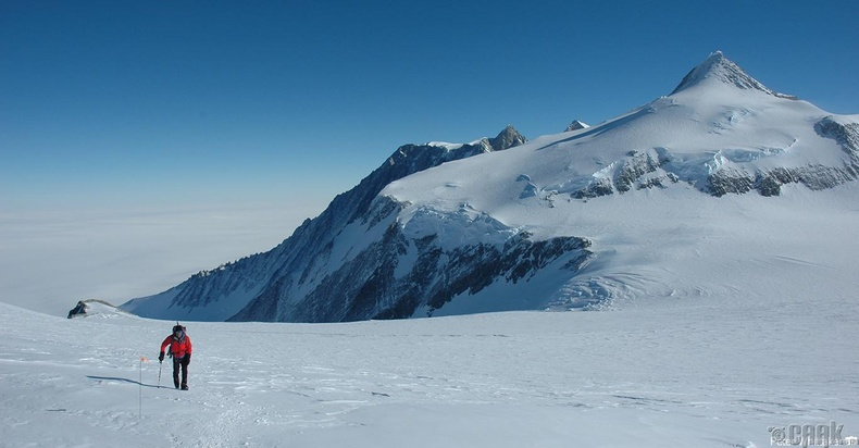 Винсон уул - 4892 метр