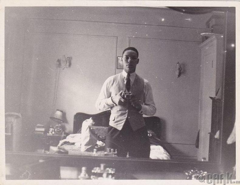 АНУ-ын төрийн нарийн бичгийн дарга асан Колин Пауэлл (Colin Powell) - 1950
