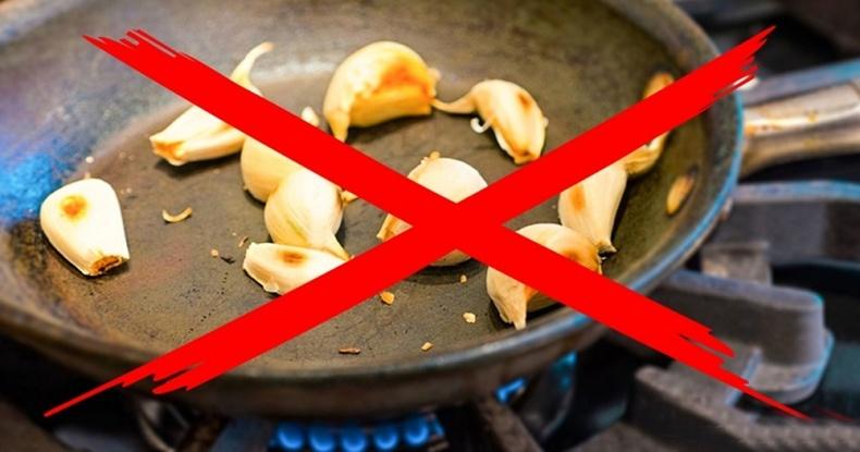 Хуурч болгож идэж болохгүй 8 хоол хүнс