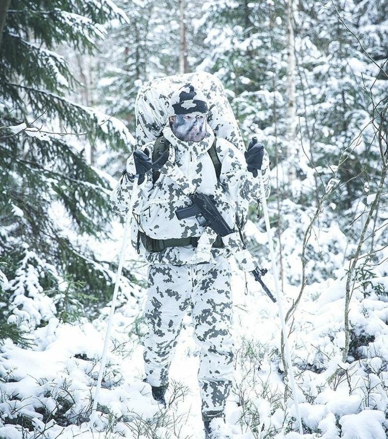 Финландын армийн өвлийн өнгөлөн далдлалт