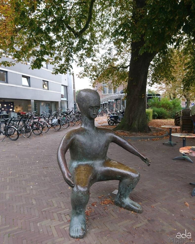 Өвөрмөц гудамжны сандал - Амерсфорт, Нидерланд