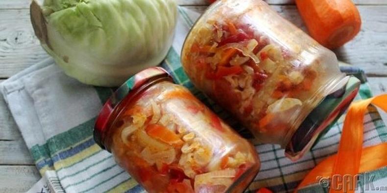 Улаан лооль, амтат  чинжүү, байцаатай салат