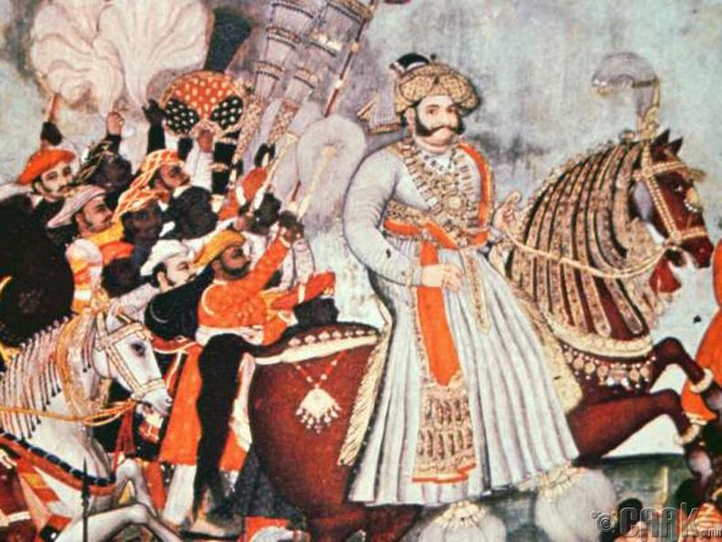 Акбар хаан (Grand Akbar)