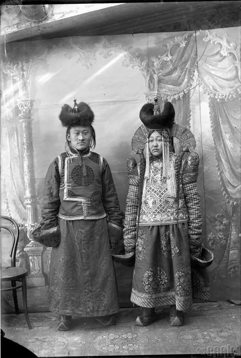 Эхнэр нөхөр - 1911 он