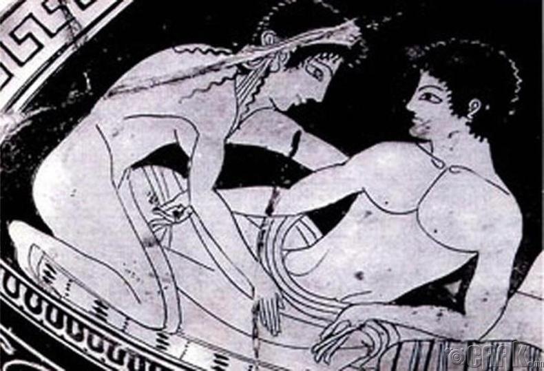 Эртний Грек, ижил хүйстэн