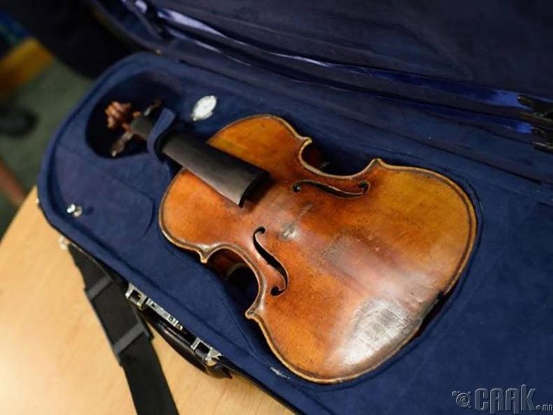 """Stradivarius"" хийл"