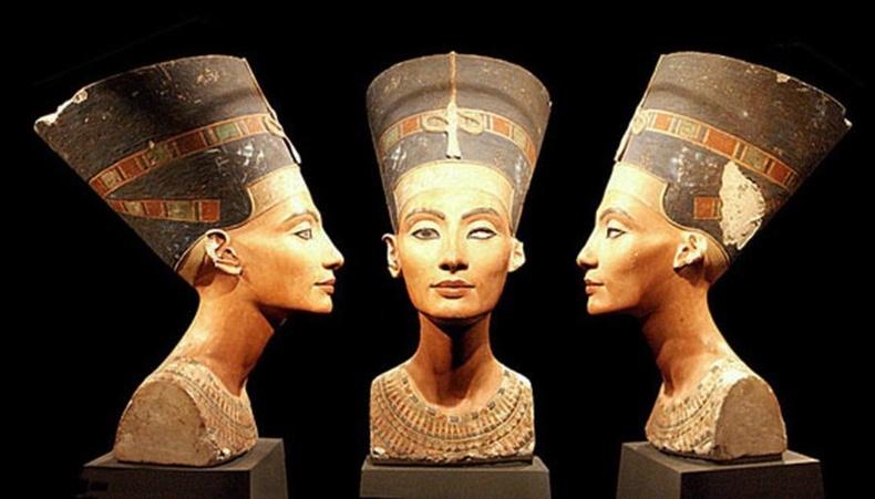 Нефертити хатан