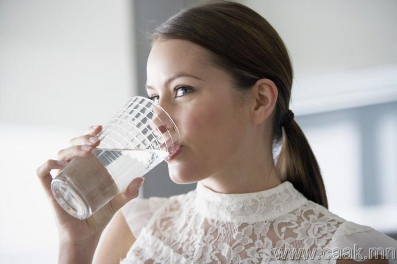 Цэвэр ус уух