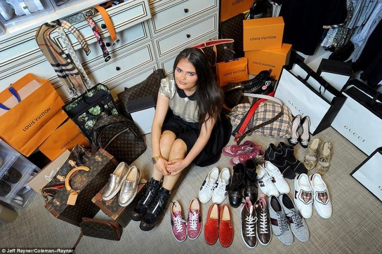 18 настай Англи охины тансаг амьдрал