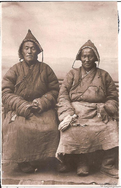 Монгол эрчүүд - 1925 он