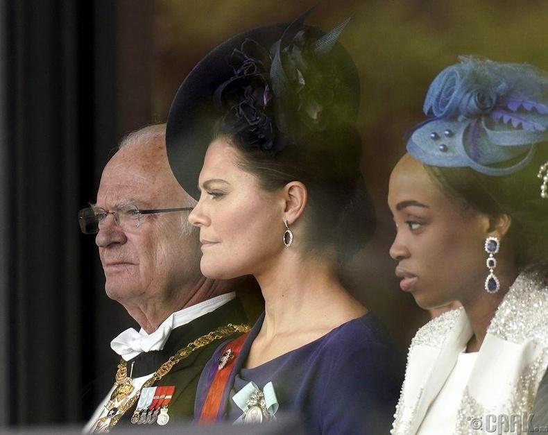 Шведийн эзэн хаан Карл XVI Густав болон угсаа залгах гүнж Викториа нар