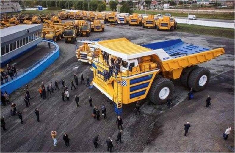 """""""БелАЗ–75710"""" дэлхийн хамгийн том машин"""