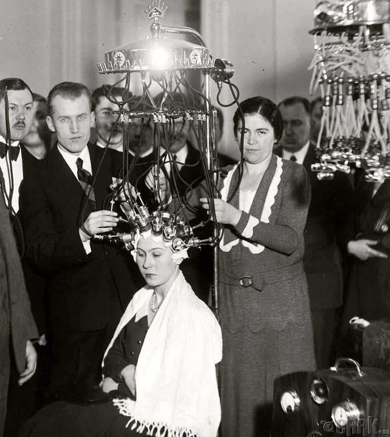 Үсчдийн тэмцээн - Варшав хот, Польш, 1932 он