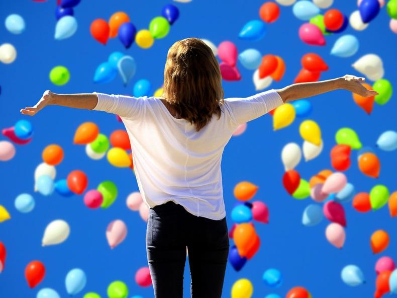 Сэтгэл санааг өөдрөг болгох ер бусын 7 арга