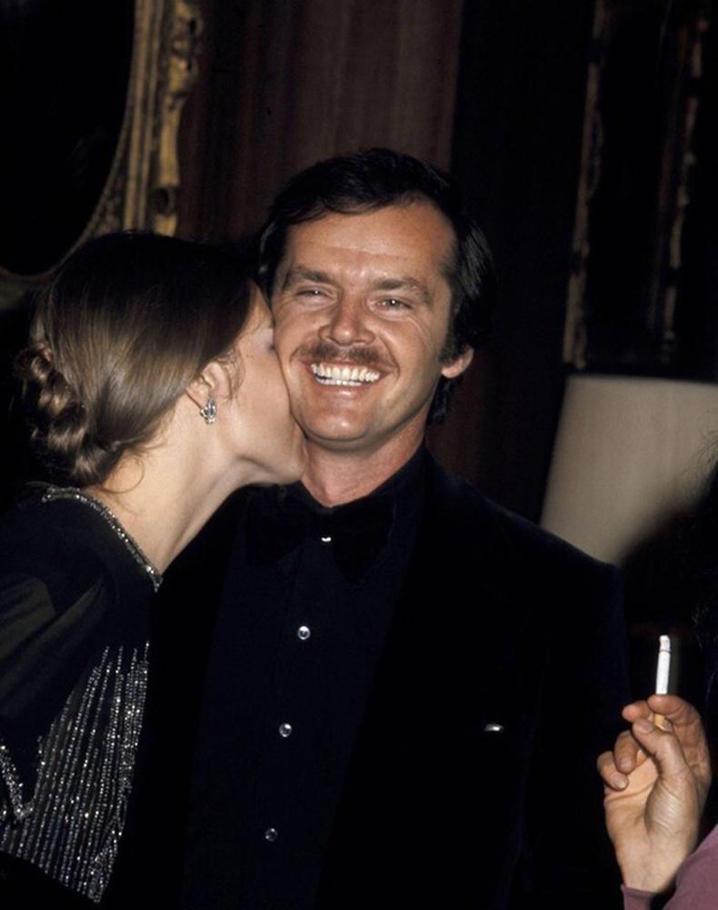 Жүжигчин Жак Николсон, Мишель Филипс нар 1971 оны Оскарын наадмын хүлээн авалтын үеэр
