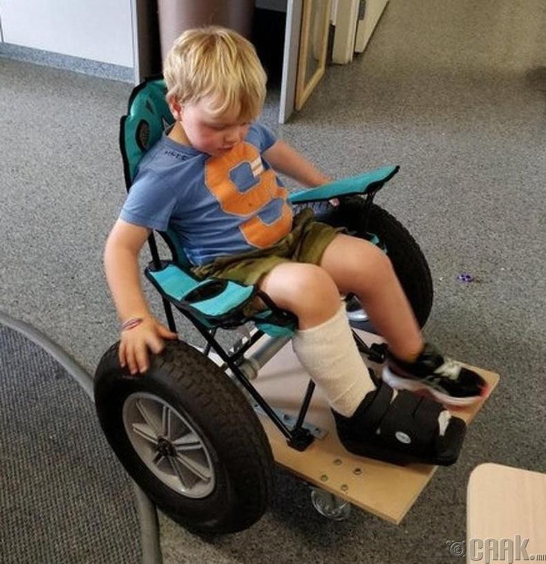 Хүүхдийн тань хөл өвдсөн бол тоглоомон дугуй хийж өгөөрэй