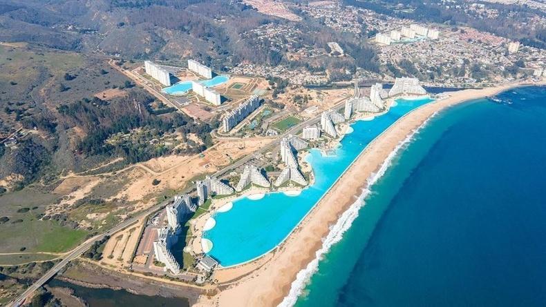"""Дэлхийн хамгийн том усан бассейн - """"Сан Альфонсо Дел Мар"""""""