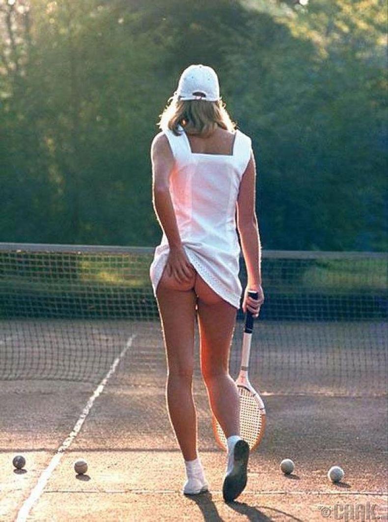 Теннисчин бүсгүй