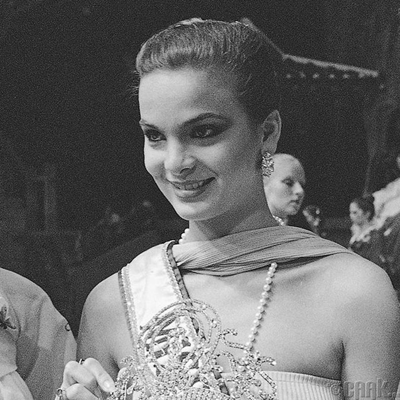 """""""Miss Universe-1979""""-ын ялагч: Венесуэлийн гоо бүсгүй Марика Сайалеро, 18 настай, 173 см өндөр."""