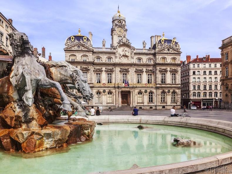 Лион, Франц (Lyon, France)