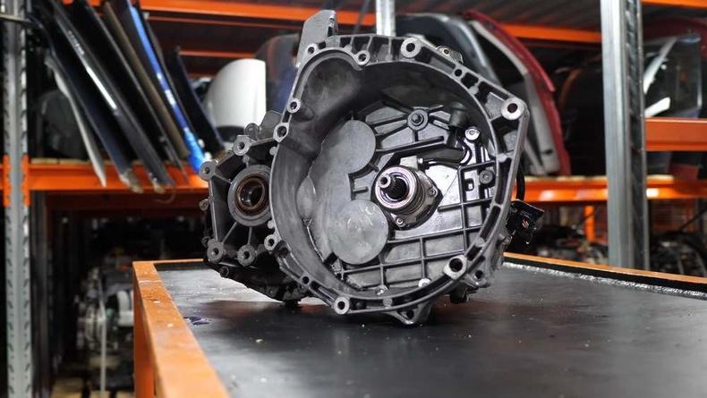Механик машины сул тал