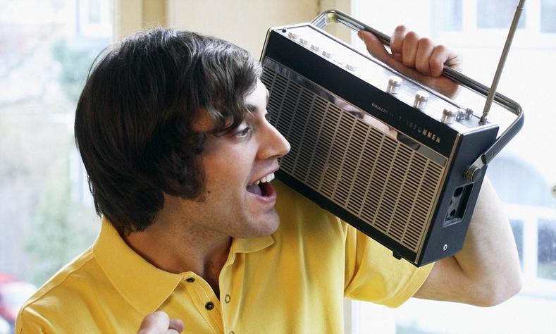 """""""Радиогоор таны дуртай дуу явах нь өөрөө олж сонсохоос илүү кайфтай байдаг"""""""