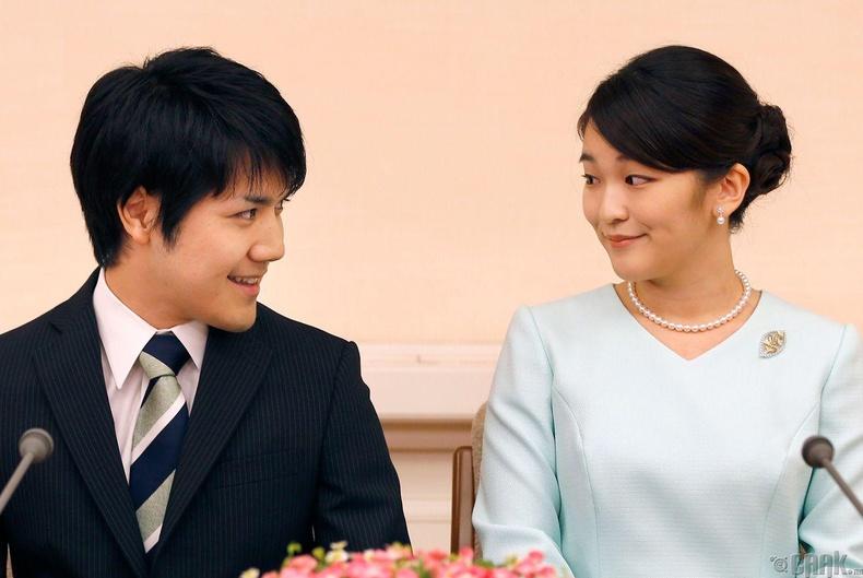 Энгийн хүнтэй гэрлэхийн тулд хаан ширээнээс татгалзах хэрэгтэй болно