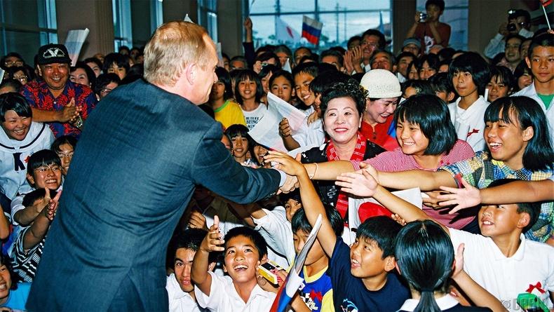Хойд Солонгост хийсэн айлчлалын үеэр, 2000 оны 7 сарын 23