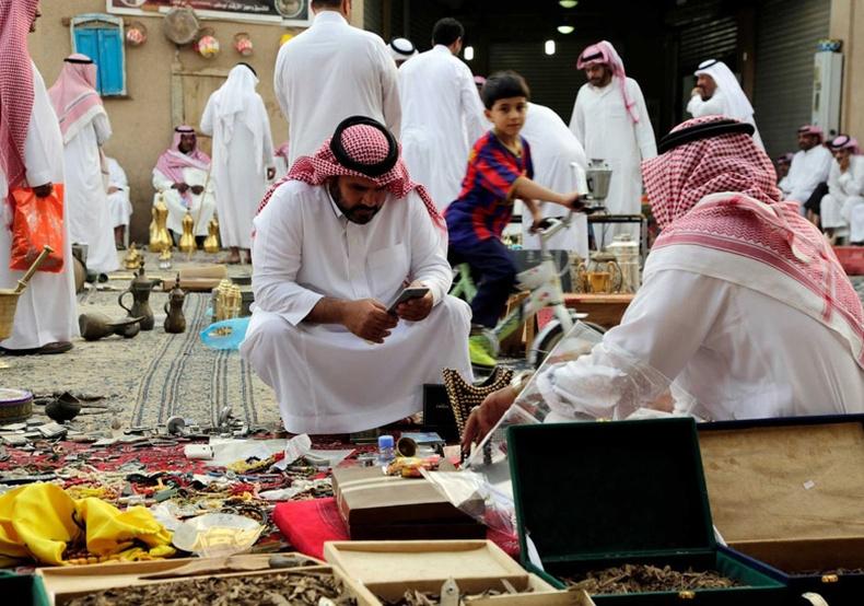 Араб баячуудын бас нэгэн зугаа