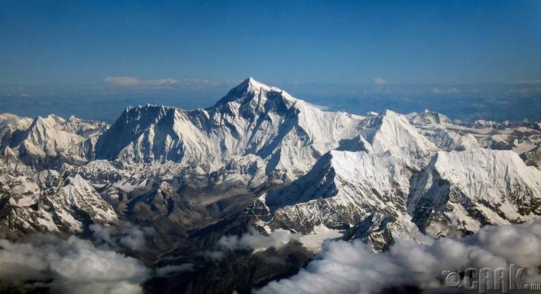 Эверест дэлхийн хамгийн өндөр уул мөн үү?