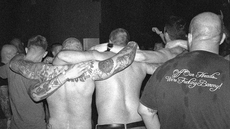 Нацистууд, хэт баруунтнуудын концертыг сурвалжилсан нь... (20+ фото)