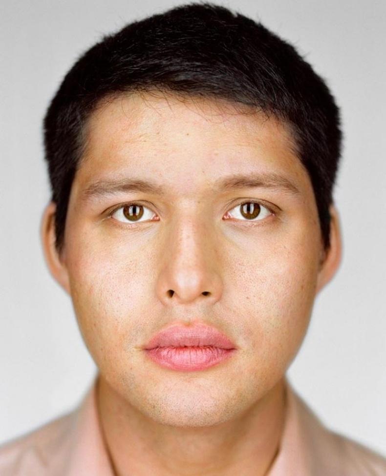 Александр Сугиура - 27 настай, Нью Йорк, Брүүклин.