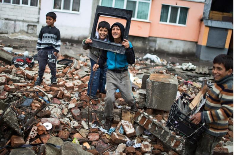 Дэлхийн хамгийн аюултай цыганчуудын хороолол дахь амьдрал