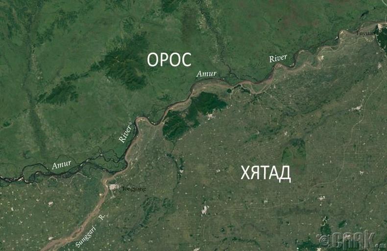 Хүн амын нягтшил Орос, Хятадын хил дээр тодорхой харагдаж байна