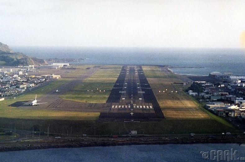 """""""Веллингтон"""" олон улсын нисэх онгоцны буудал, Шинэ Зеланд"""