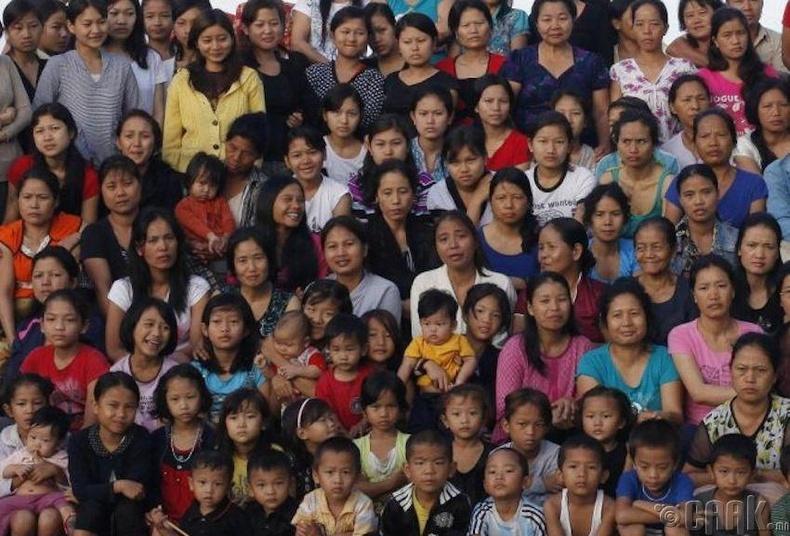 Дэлхий дээрх хамгийн өнөр гэр бүл