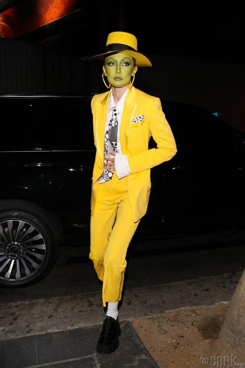 Загвар өмсөгч Жижи Хадид (Gigi Hadid)