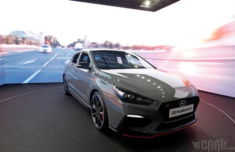Hyundai i30 Fastback N. Үнэ: 25,000 ам.доллар