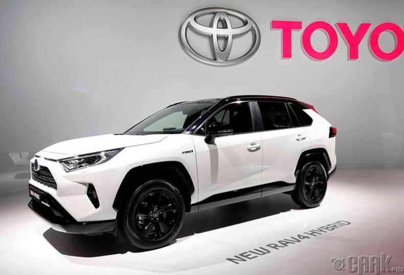 Toyota RAV4 Hybrid. Үнэ: Үнэ:32,000 ам.доллар