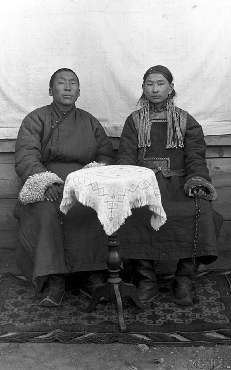 Хүүхэн хутагт - 1925 он