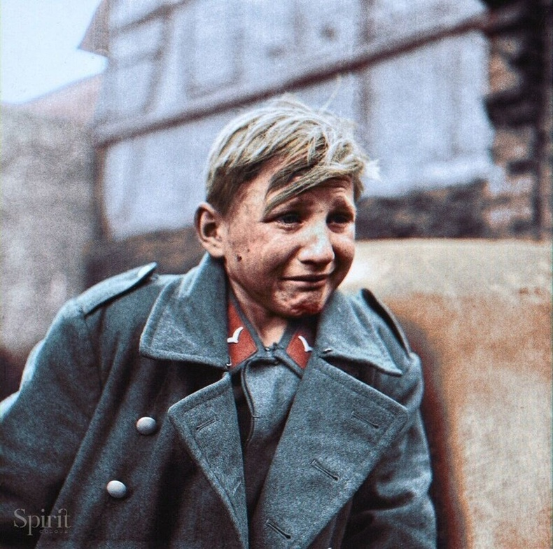 16 настай герман цэрэг, 1945 нь.