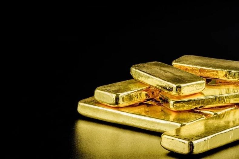 Хүн бүрт 4кг ноогдох хэмжээний их алт далайд бий