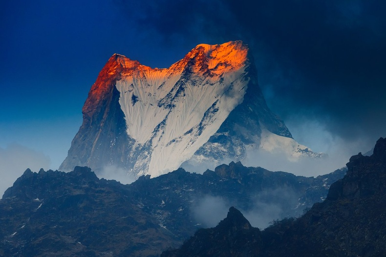 Мачапучаре (6998 метр)