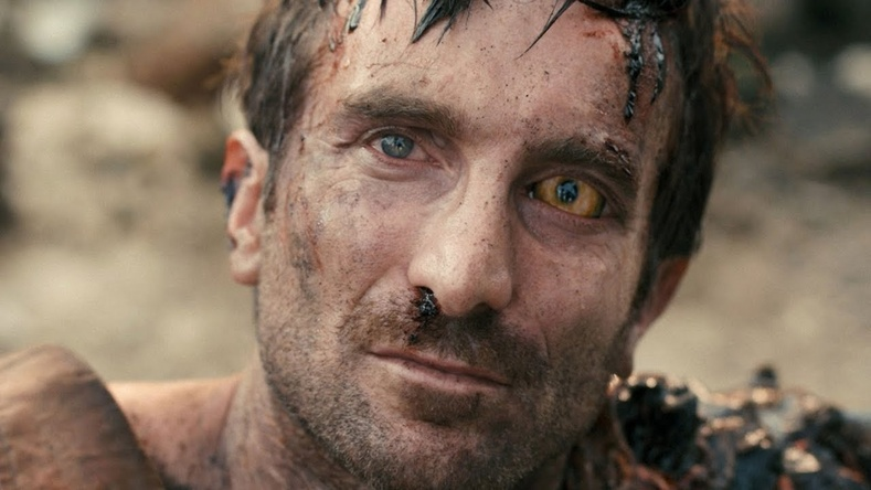 "Шарлто Копли (Sharlto Copley) - ""District 9"" (2009)"