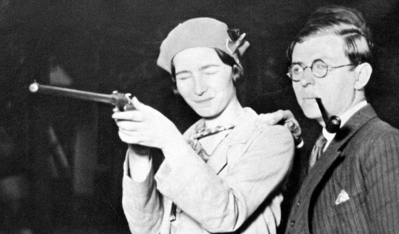20-р зууны хамгийн этгээд хос - Агуу философч Ж.П.Сартр, Симон де Бовуар нарын хайрын түүх
