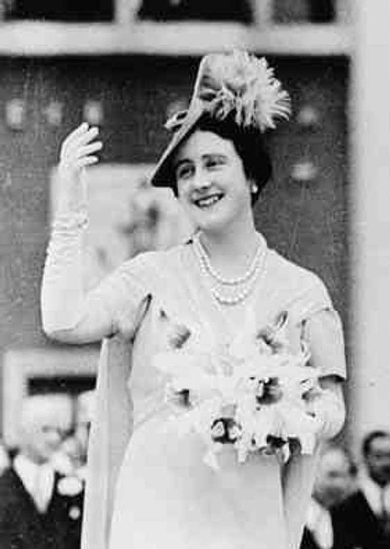 Хатан хааны ээж Элизабет Анжела Маргарет