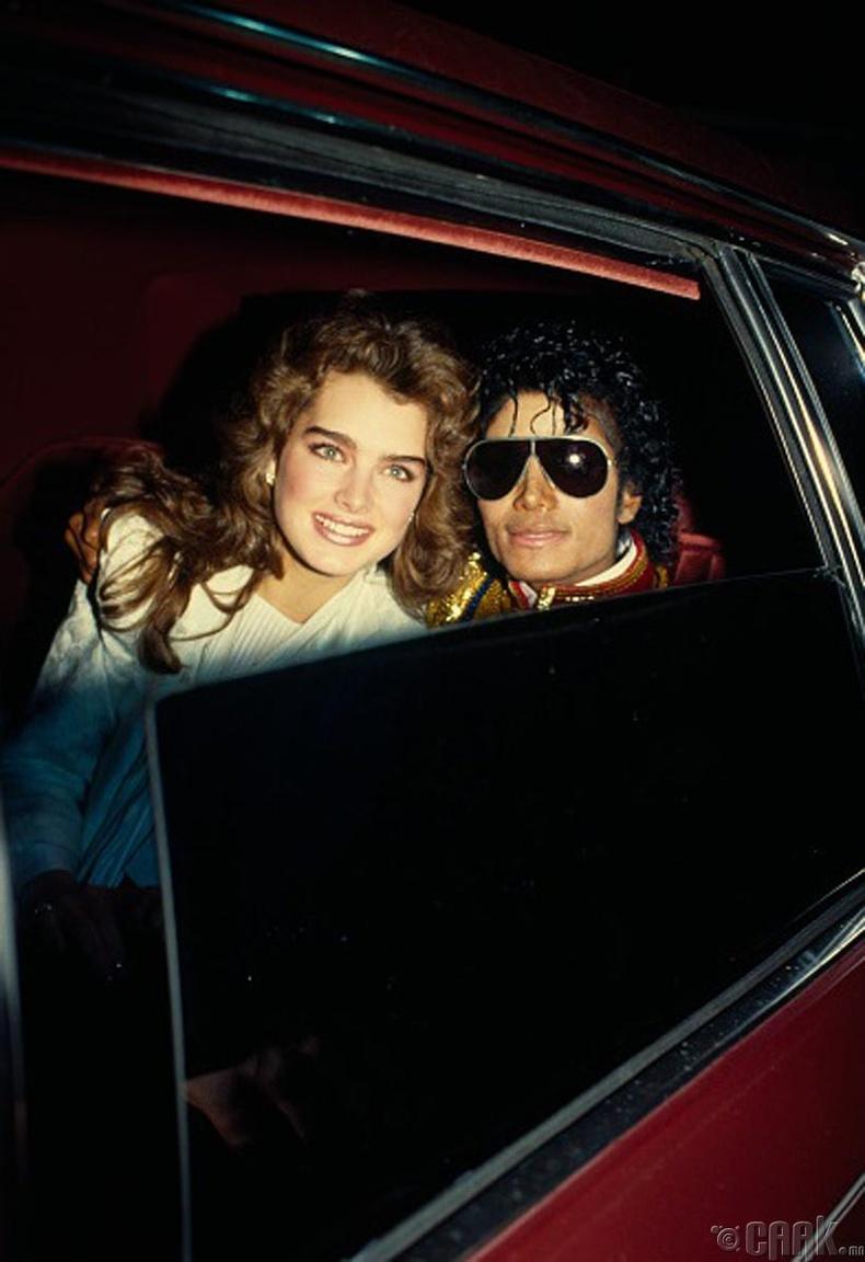Майкл Жексон жүжигчин Брүүк Шилдс (Michael Jackson, Brooklen Shields)-ийн хамт - 1987 он